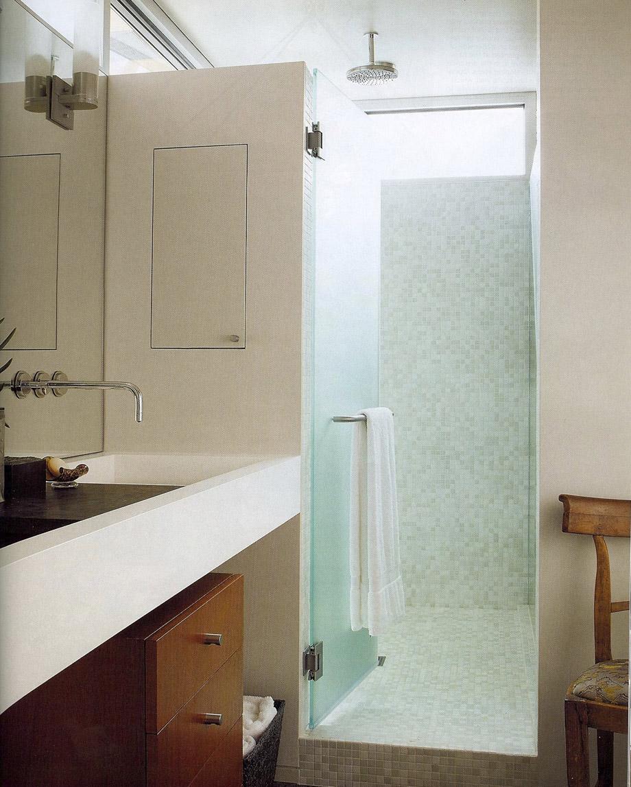 Graciosa_Bathroom_2009